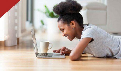 Female Graphic designer online class